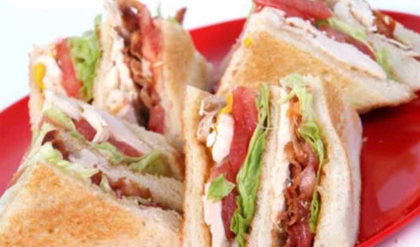 Club Sandwich: ricetta di Benedetta Parodi preparazione ingredienti