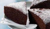Torta all'acqua al cioccolato: senza latte e burro ricetta light
