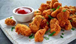 Petto di pollo al limone croccante: ricetta al forno o in padella