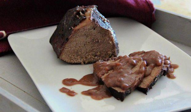 Brasato al Barolo: ricetta tipica piemontese marinatura carne di manzo