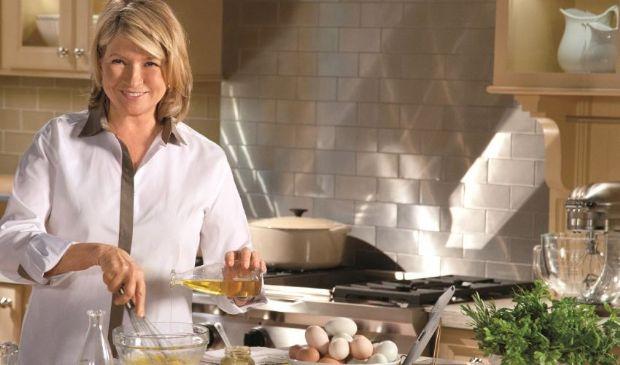 Martha Stewart e la carbonara con aglio, prezzemolo e pasta scotta