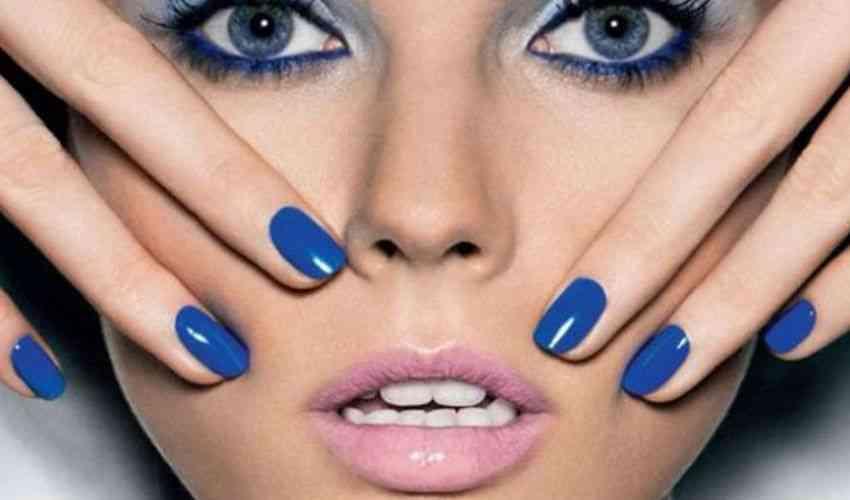 Smalti unghie 2020: colori nuove tendenze moda inverno, le novità