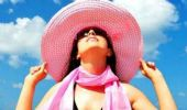 Eritema solare viso e corpo: cura pelle, cosa fare, rimedi naturali