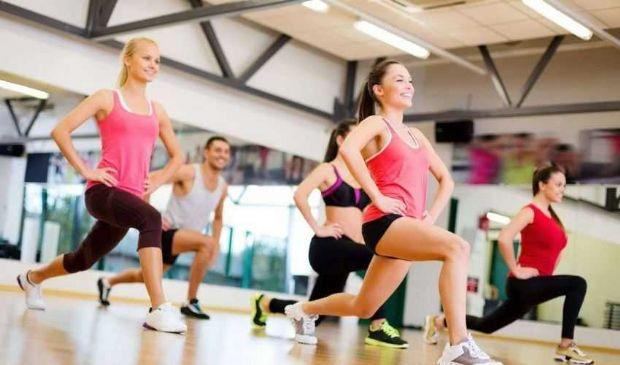 Come dimagrire cosce e gambe in poco tempo: dieta, esercizi e massaggi