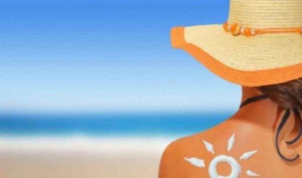 Come mantenere l'abbronzatura a lungo: 6 trucchi per la tintarella