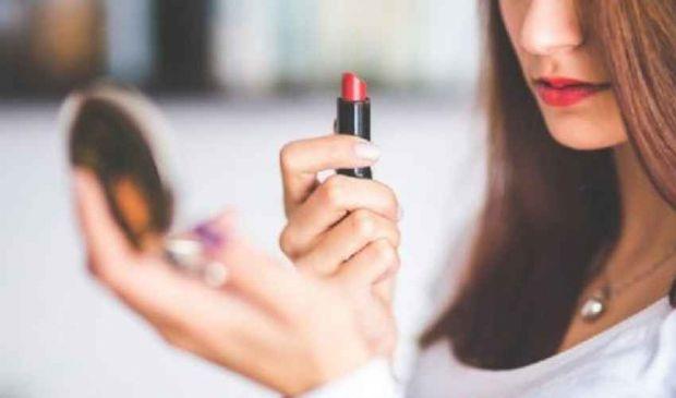 Trucco labbra sottili: come farle sembrare più grandi e carnose