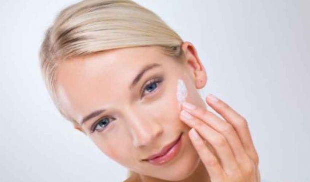 Crema viso ideale: come scegliere la migliore per la tua pelle