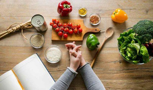 Dimagrire senza dieta: ecco le 10 mosse per perdere peso senza fatica