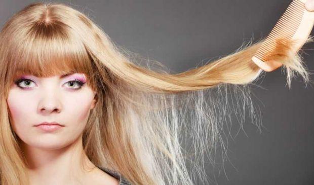 Migliori prodotti per capelli secchi 2021: ecco quali scegliere