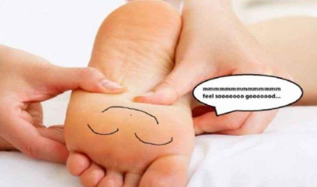 Piedi gonfi e stanchi? Le cause e i rimedi per curarli e prevenirli