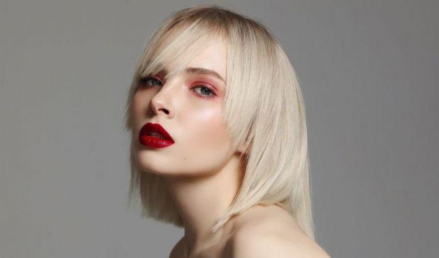 Trucco estate 2020: tendenza make up estivo viso, occhi e labbra