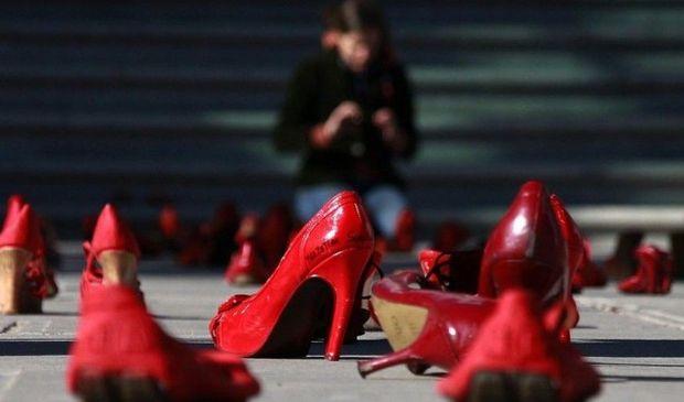 Violenza economica: cos'è, come riconoscerla e come difendersi