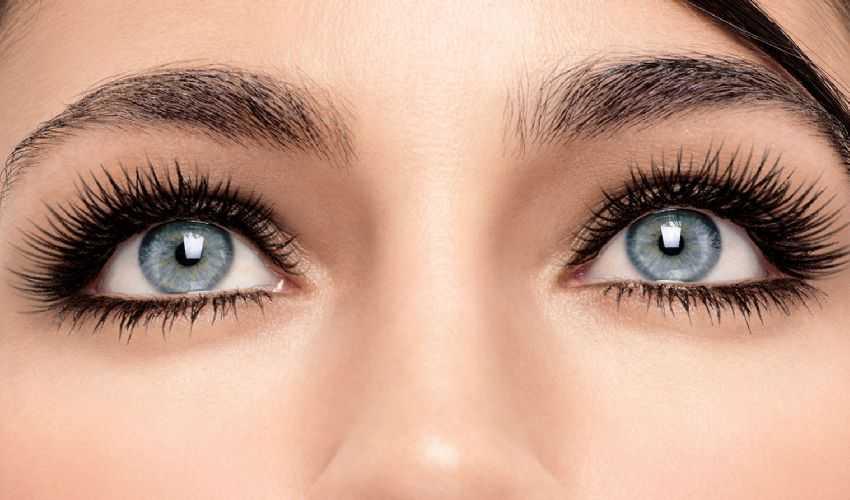 Trucco semipermanente 2020: cos'è costo sopracciglia occhi e labbra