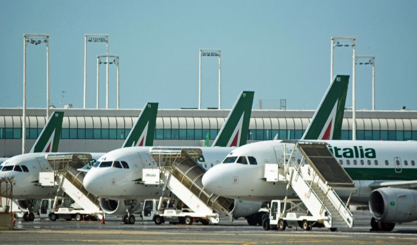 Alitalia: stipendi dipendenti a rischio. Commissario convoca sindacati