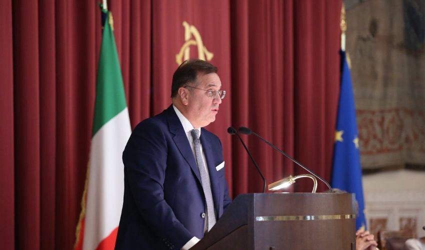 Dumping fiscale: cos'è, come funziona, quanto perde l'Italia in Europa