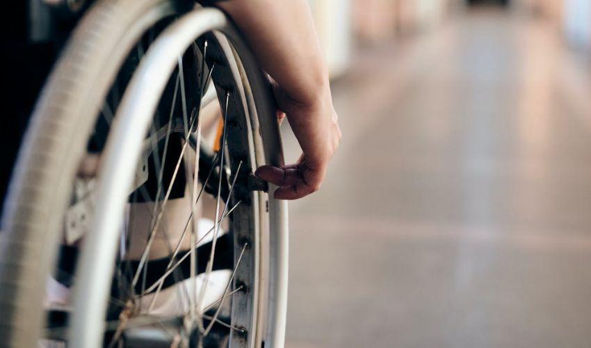 Aumento pensione invalidi civili 100%: cos'è, a chi spetta e quando?