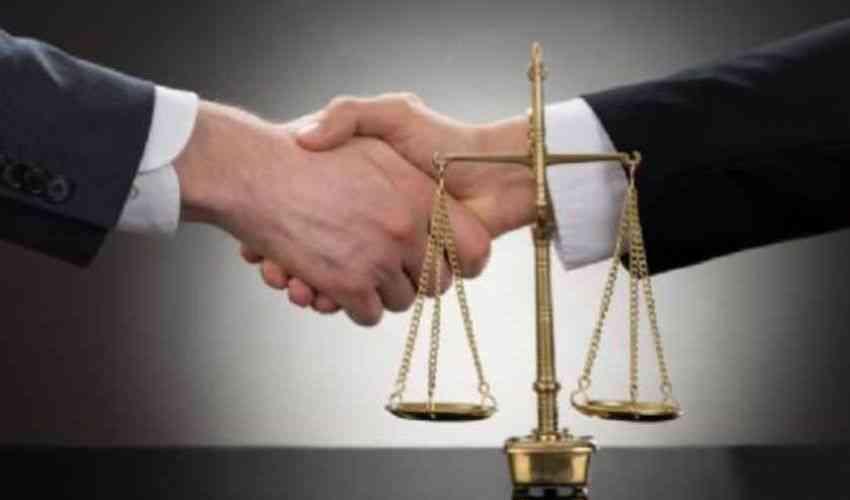 Bonus avvocati 2020: cos'è come funziona come richiederlo a chi spetta