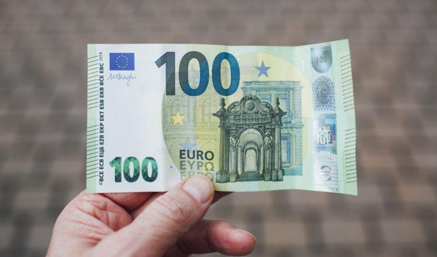 Bonus Irpef febbraio 2021: 100 euro a chi spetta? Naspi CIG maternità