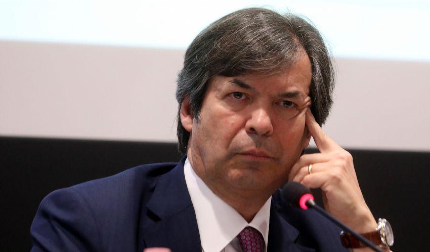 Carlo Messina rilancia e l'Ops su Ubi ora ha la strada in discesa