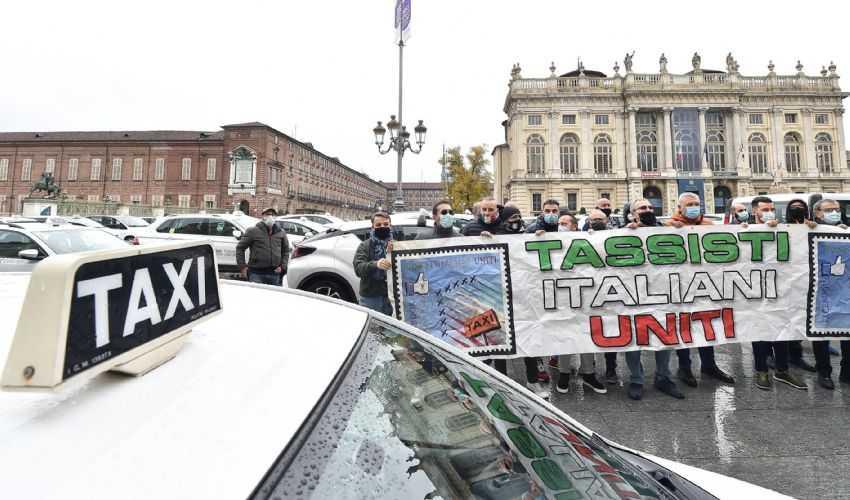 Contributo fondo perduto per Taxi e NCC: cos'è come funziona e calcolo