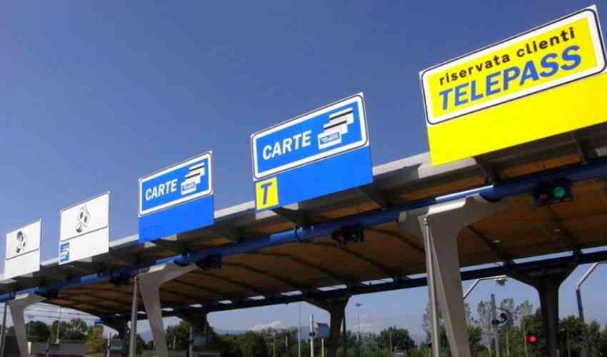 Costo autostrada 2020: calcolo pedaggio km, prezzi, quanto si paga?