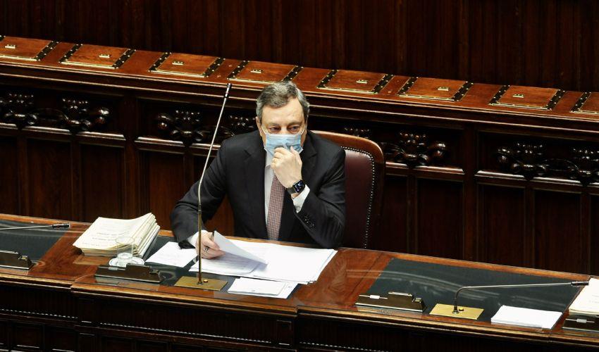 DL Sostegni bis slitta ancora, Draghi: in CdM prossima settimana