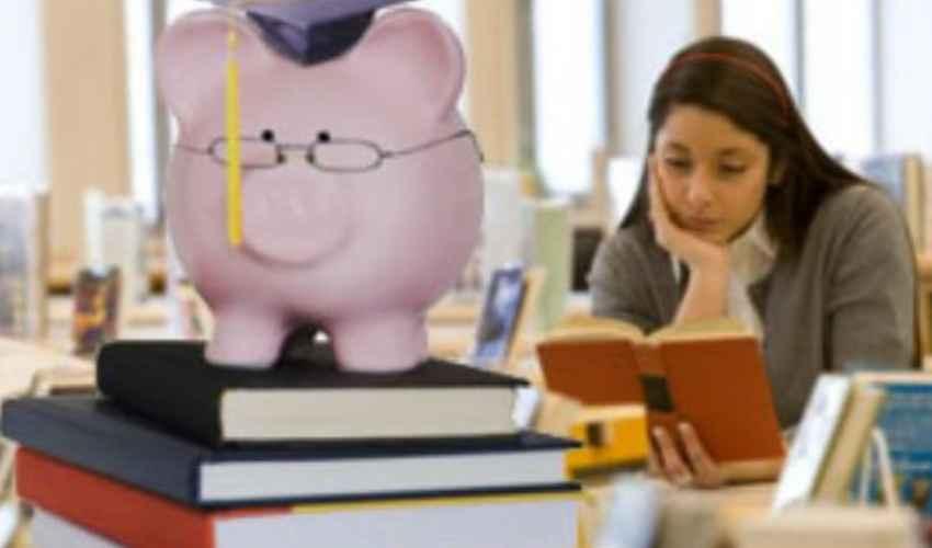 Spese Libri scolastici e universitari NON sono detraibili dalle tasse