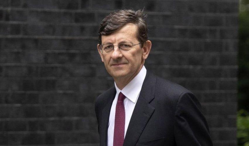 Draghi e lotta al contante. Piano Colao per ridurre l'evasione fiscale