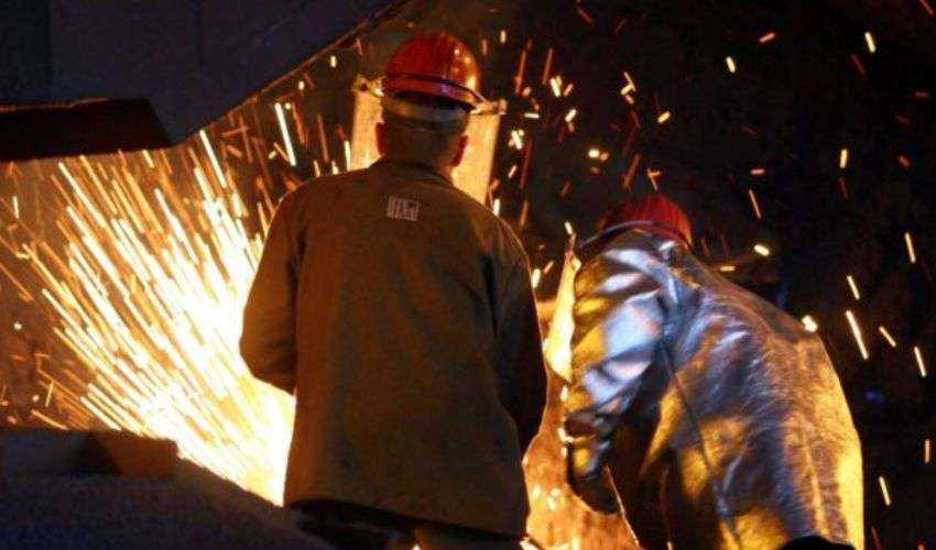 L'ex Ilva torna allo Stato: accordo tra ArcelorMittal-Invitalia