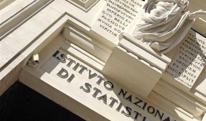 Istat, produzione industriale rimbalza a maggio dopo tonfo aprile