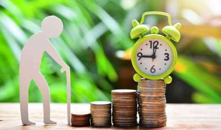 Pensione di vecchiaia 2021: requisiti età contributi e domanda