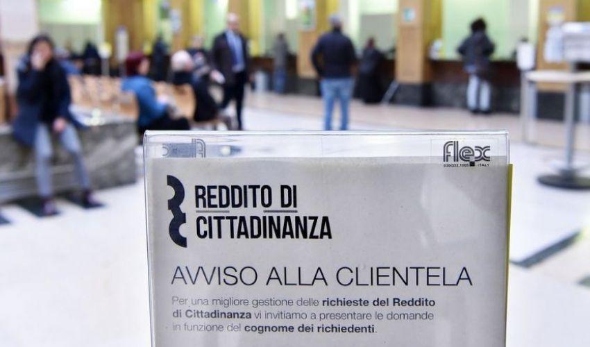 Reddito di cittadinanza maggio 2021: pagamento con doppia data 15 e 27