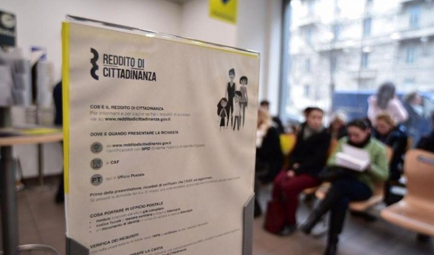 Saldo Reddito di cittadinanza novembre 2020: numero verde, ATM e Poste