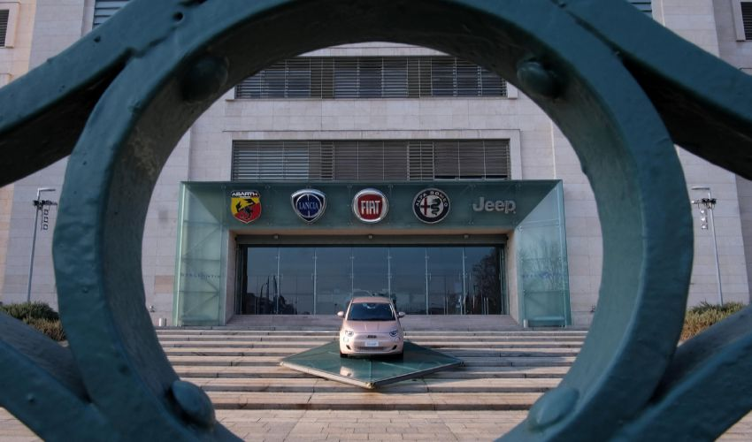 Stellantis debutta oggi a Piazza Affari. Investitori entusiasti