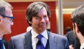 """Il Financial Times promuove titolo Intesa """"decisione facile, comprare"""""""
