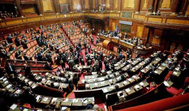 Annullato il taglio dei vitalizi agli ex parlamentari, ira del M5S
