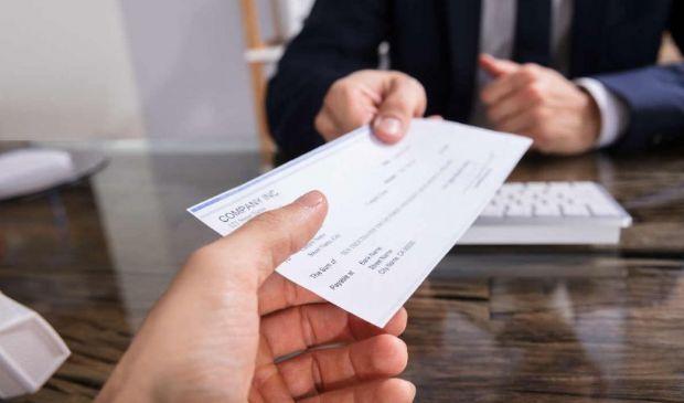 Assegno bancario non trasferibile: importo massimo e compilazione