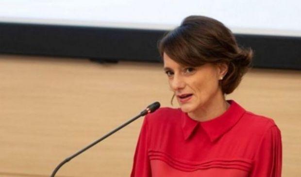 Bonetti: assegno unico a regime da gennaio 2022. Corsa all'Isee