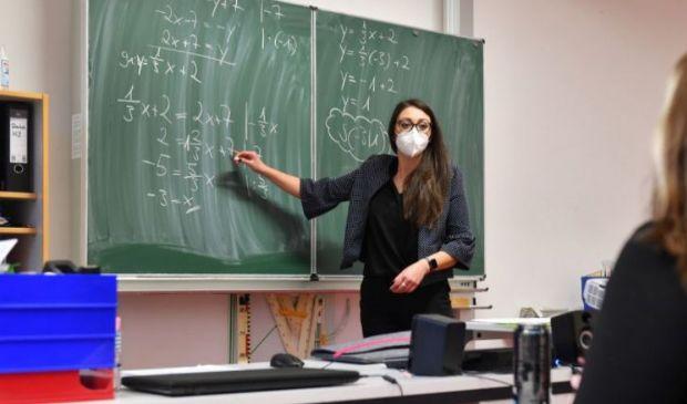 Bonus Scuola 100 euro a febbraio 2021: a chi spetta e quando