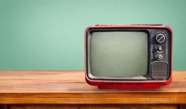 Bonus tv 2021 fino a 100 euro senza ISEE ma con pagamento canone Rai