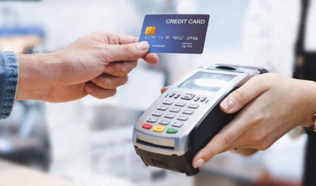 Cashback di Natale: rimborsi a rischio? I fondi potrebbero non bastare
