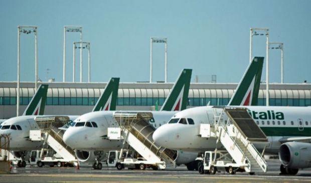 Commissione Ue approva salvataggio Air France, perché no Alitalia?