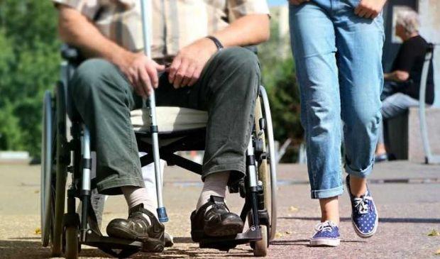 Indennità di accompagnamento 2020: cos'è, domanda, aumento invalidità
