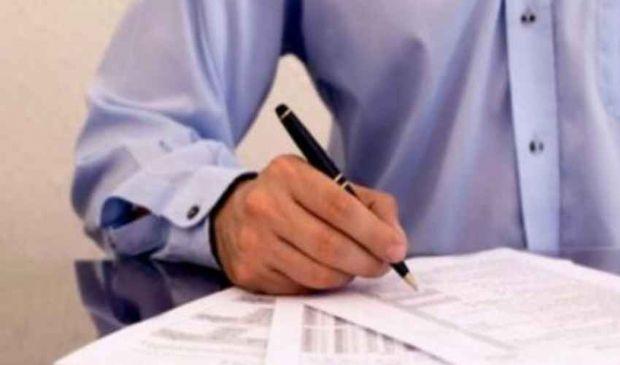 Nota di debito IVA: modello fac simile esempio variazione addebito