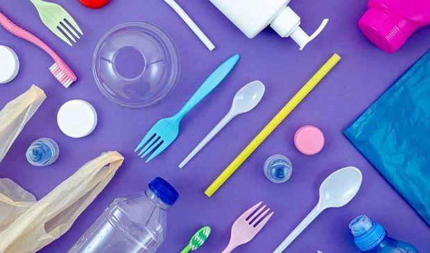 Plastic tax: cos'è e come funziona, a quanto ammonta, da quando