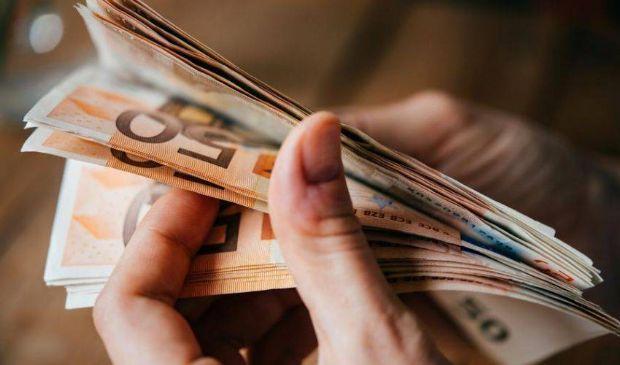 Reddito di emergenza: 1 mese in più, scadenza domanda 15 ottobre