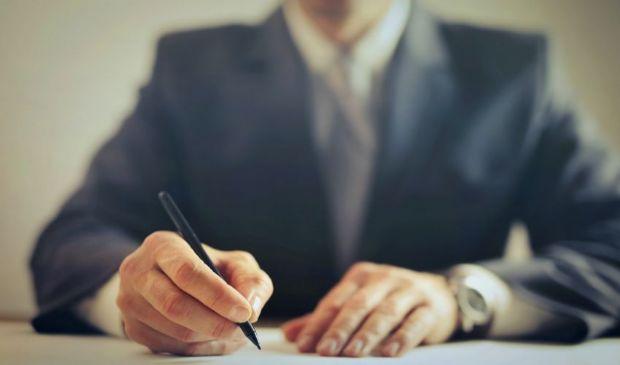 Rinnovo contratti Pa: 100 euro a statali. 97 a infermieri 91 a docenti