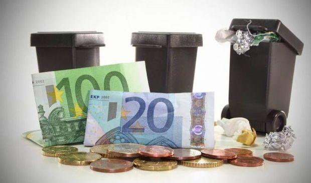 Tari 2021, la tassa sui rifiuti potrebbe raddoppiare. Cosa cambia