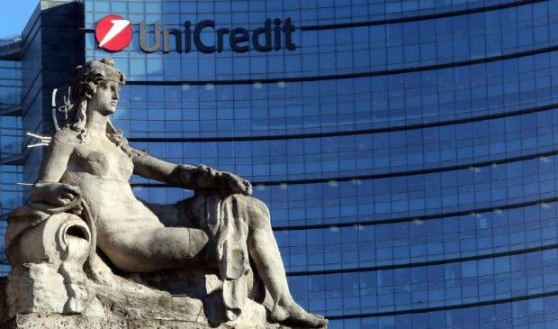 """Nuovo capo di Unicredit: la """"rosa"""" dei nomi si è ristretta a tre"""