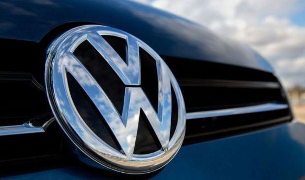 Volkswagen diventa Voltswagen per le auto elettriche. Pesce d'aprile?
